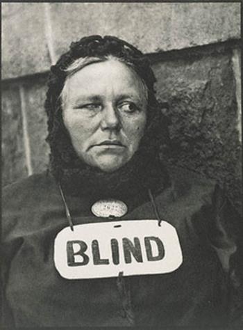 Strand_blind_3thumbnail